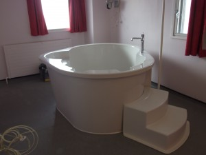 BIRTH POOL IN PLACE 030